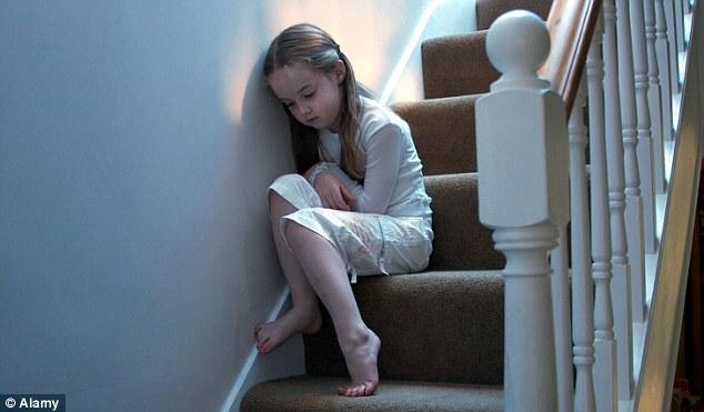 Мы не можем молчать о насилии в семье, и общество нужно просвещать по этой