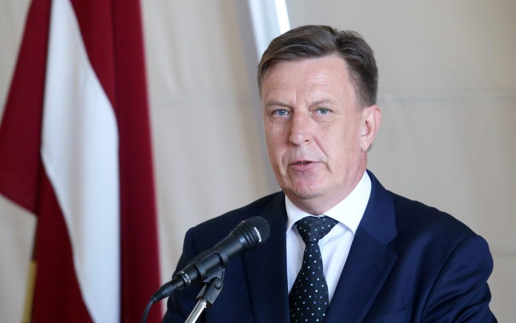 """Ministru prezidents Māris Kučinskis saka uzrunu """"Būvniecības nedēļas 2016"""" atklāšanas pasākumā, kas ir viens no nozares gada nozīmīgākajiem notikumiem."""