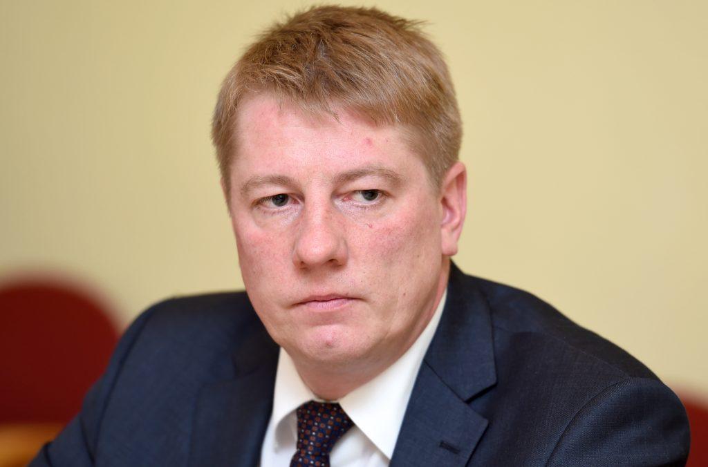Satiksmes ministrs Anrijs Matīss preses brīfingā informē par Ministru prezidentes pieprasīto demisiju.